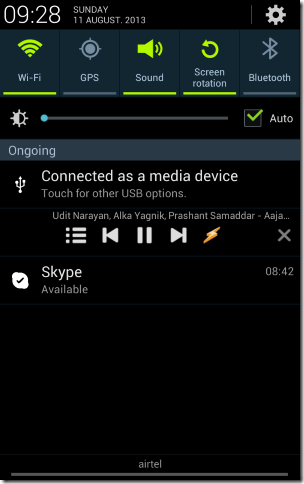 Winamp Music Player for Android basic notification bar